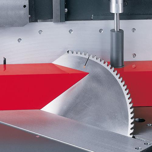 Lưỡi cắt nhôm đường kính 550mm xoay góc - 45 °